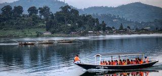 4 Days Gorilla trekking and Lake Kivu tour
