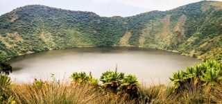 2 Days Mount Bisoke Hiking Safari