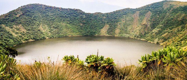 2 Days Mount Bisoke Hiking Safari